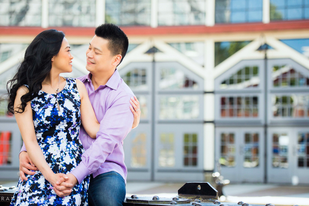17-yaletown-engagement-sessions.jpg