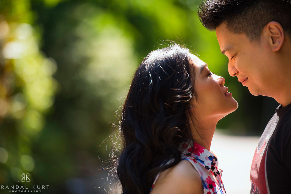 20-yaletown-engagement-sessions.jpg