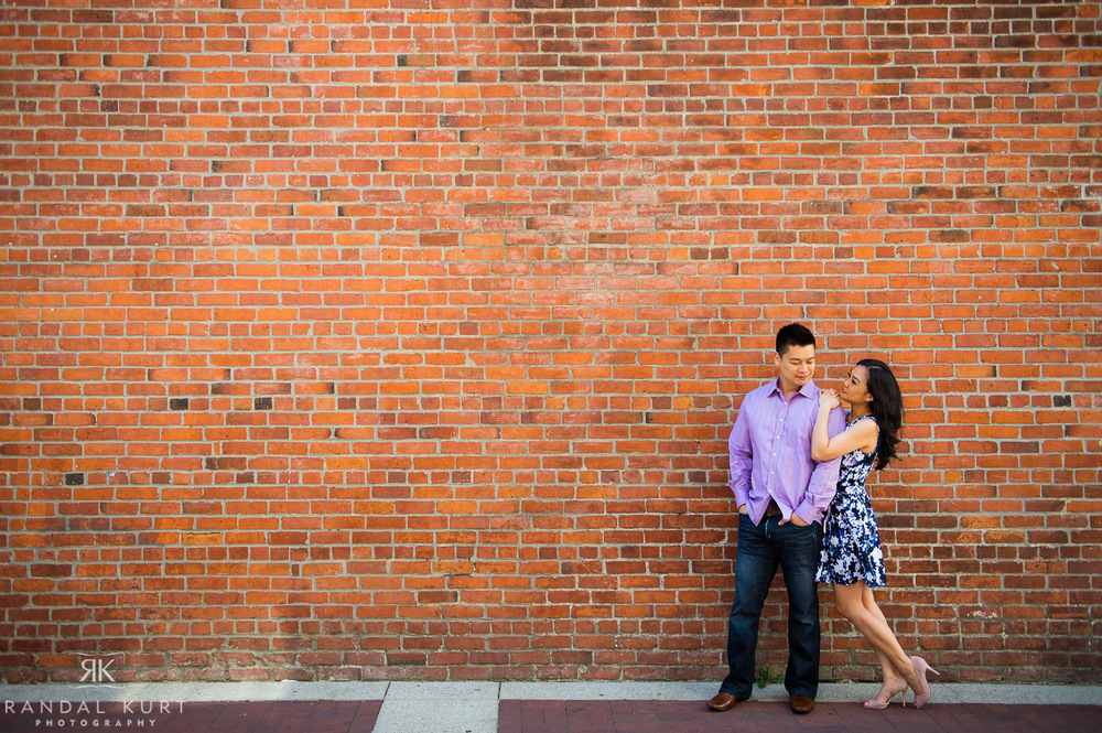 19-yaletown-engagement-sessions.jpg