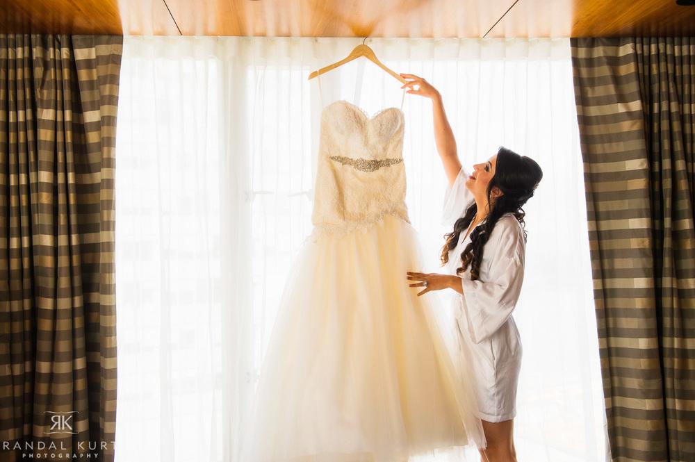 04-fairmont-pacific-rim-wedding.jpg