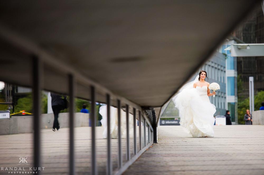 14-fairmont-pacific-rim-wedding.jpg