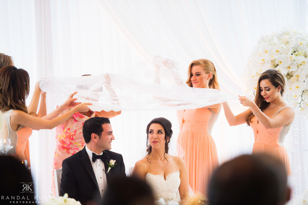 35-fairmont-pacific-rim-wedding.jpg