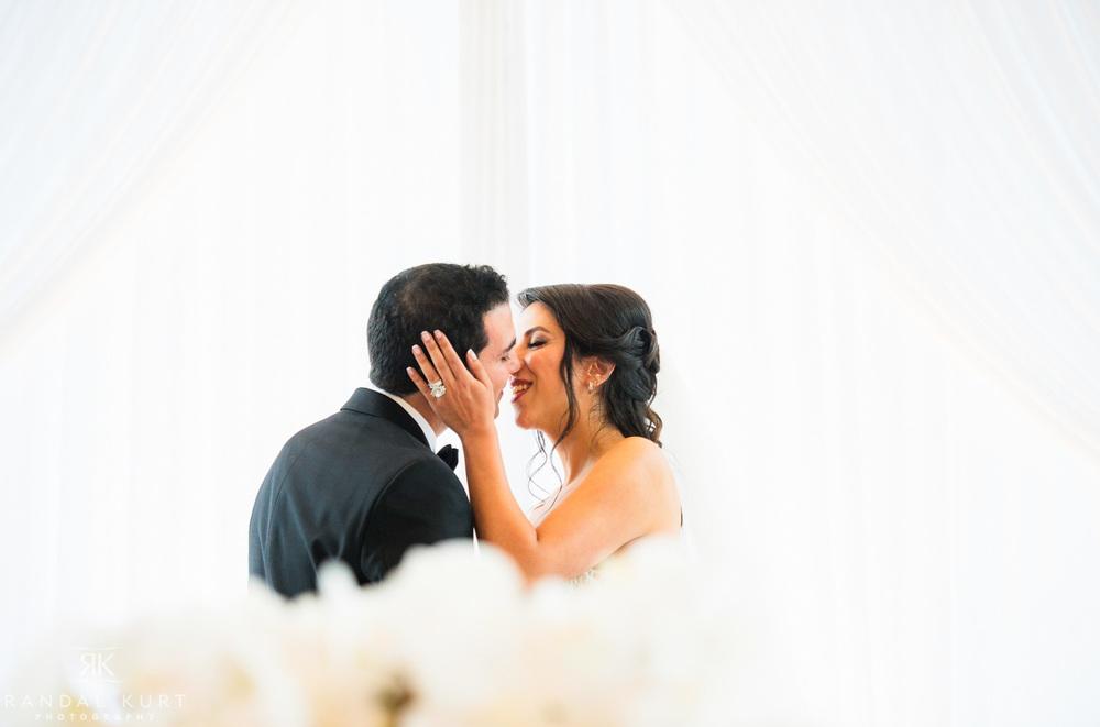 37-fairmont-pacific-rim-wedding.jpg