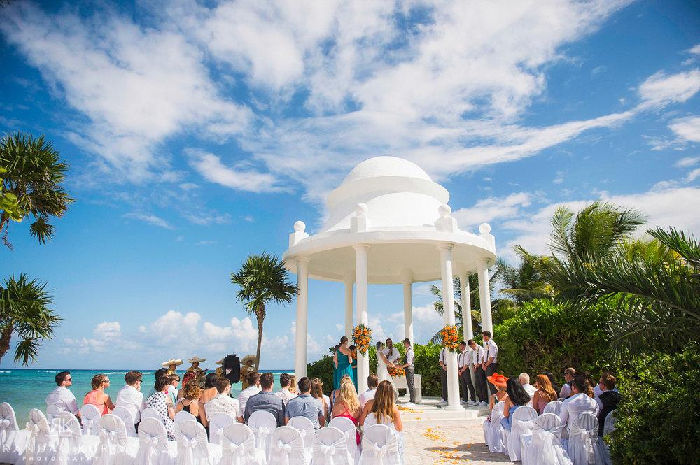 33-Paisley-and-Matt-Wedding.jpg