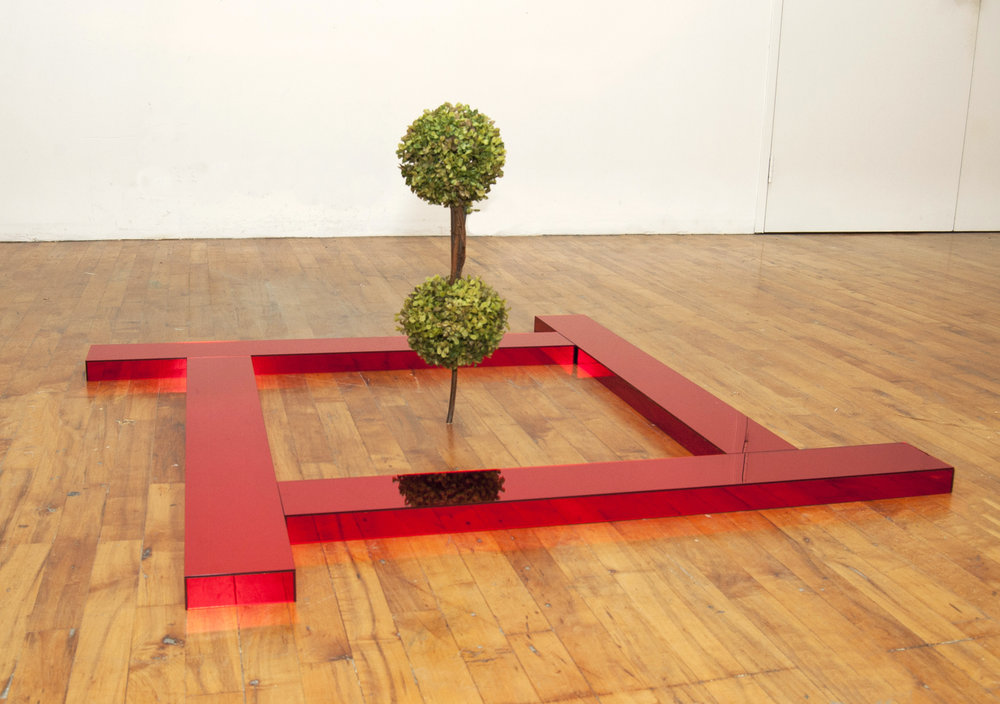 Axis Mundi (2014) Mirror acrylic and plastic topiary, 43 x 43 x 24 inches. Images courtesy of the artist.