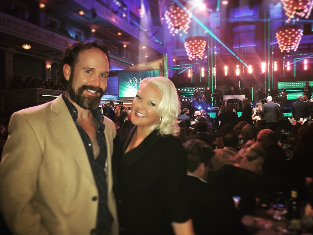 OCTOBER 2017 - COVERING CMT'S ARTISTS OF THE YEAR EVENT IN NASHVILLE, PICTURED WITH HER HUSBAND JOEL TOMLIN III