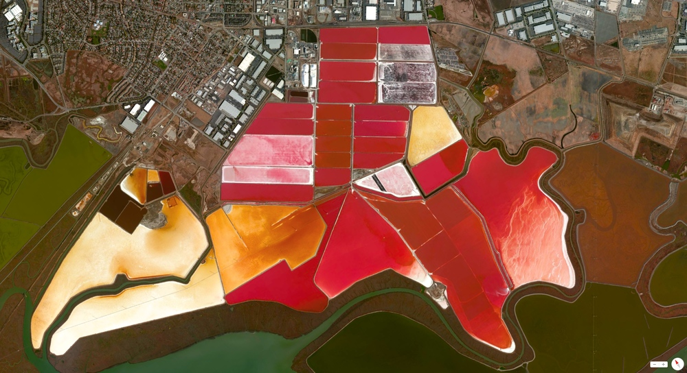 1/7/2014    San Francisco Bay Salt Evaporation Ponds   San Francisco, California, USA   37°42′30″N 122°16′49″W