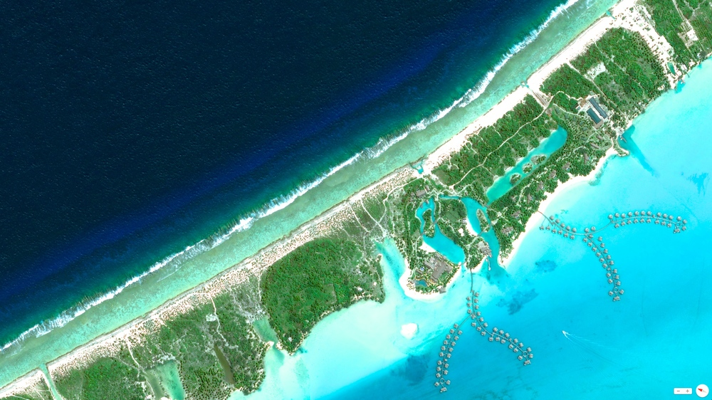 1/15/2014 Four Seasons Resort Bora Bora Motu Tehotu, French Polynesia 16.472°S 151.7073°W