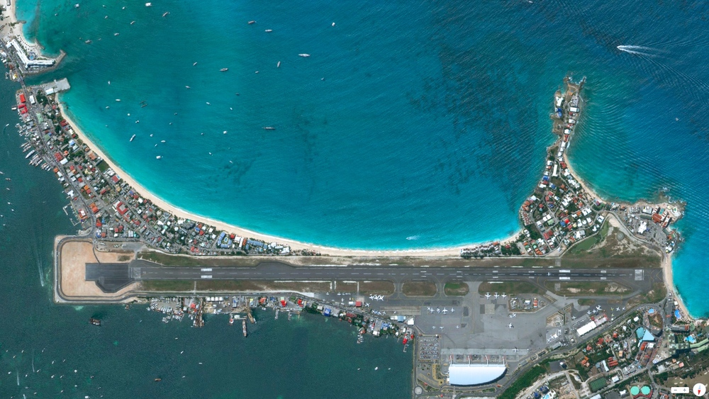 1/27/2014    Princess Juliana International Airport   St. Martin   18°02′27″N 063°06′34″W