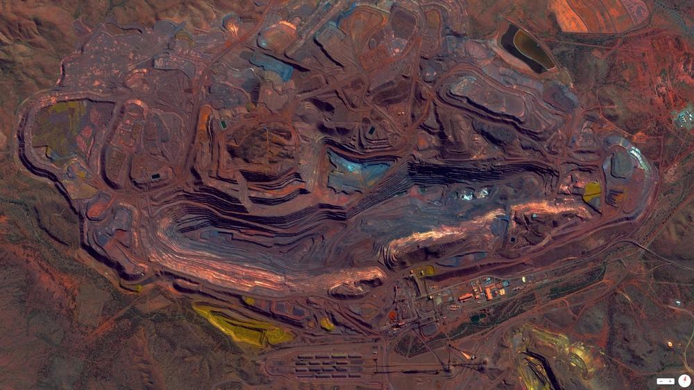 3/22/2014 Mount Whaleback Iron Ore Mine Pilbara, Western Australia, Australia 23.365360°S119.675400°E
