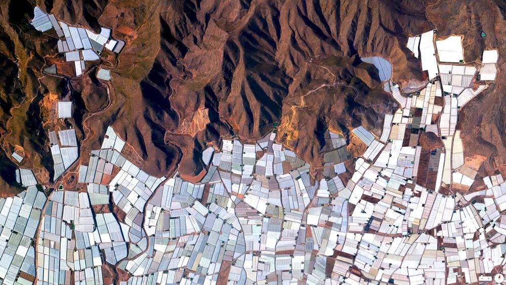 4/5/2014 Plasticulture / Greenhouses Almeria, Spain 36.78234°N 2.74315°W