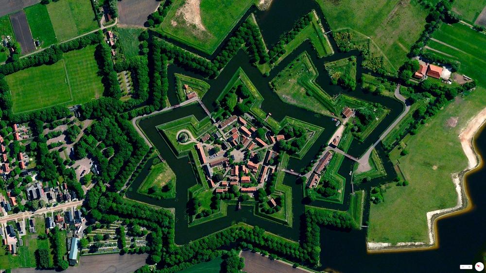 5/31/2014    Bourtange   Vlagtwedde, Netherlands   53.0066°N 7.1920°E