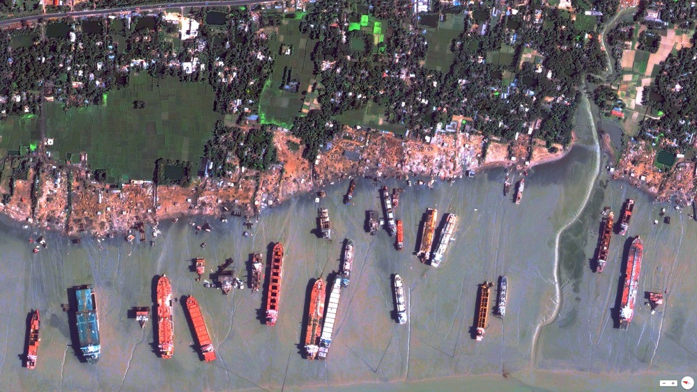 6/27/2014 Chittagong Ship Breaking Yard Chittagong, Bangladesh 22.4424°N 91.7320°