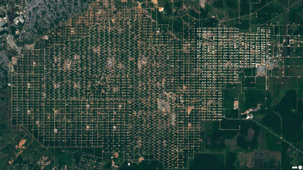 7/22/2014 Duri Field Riau Province, Sumatra, Indonesia 1.33622, 101.228242