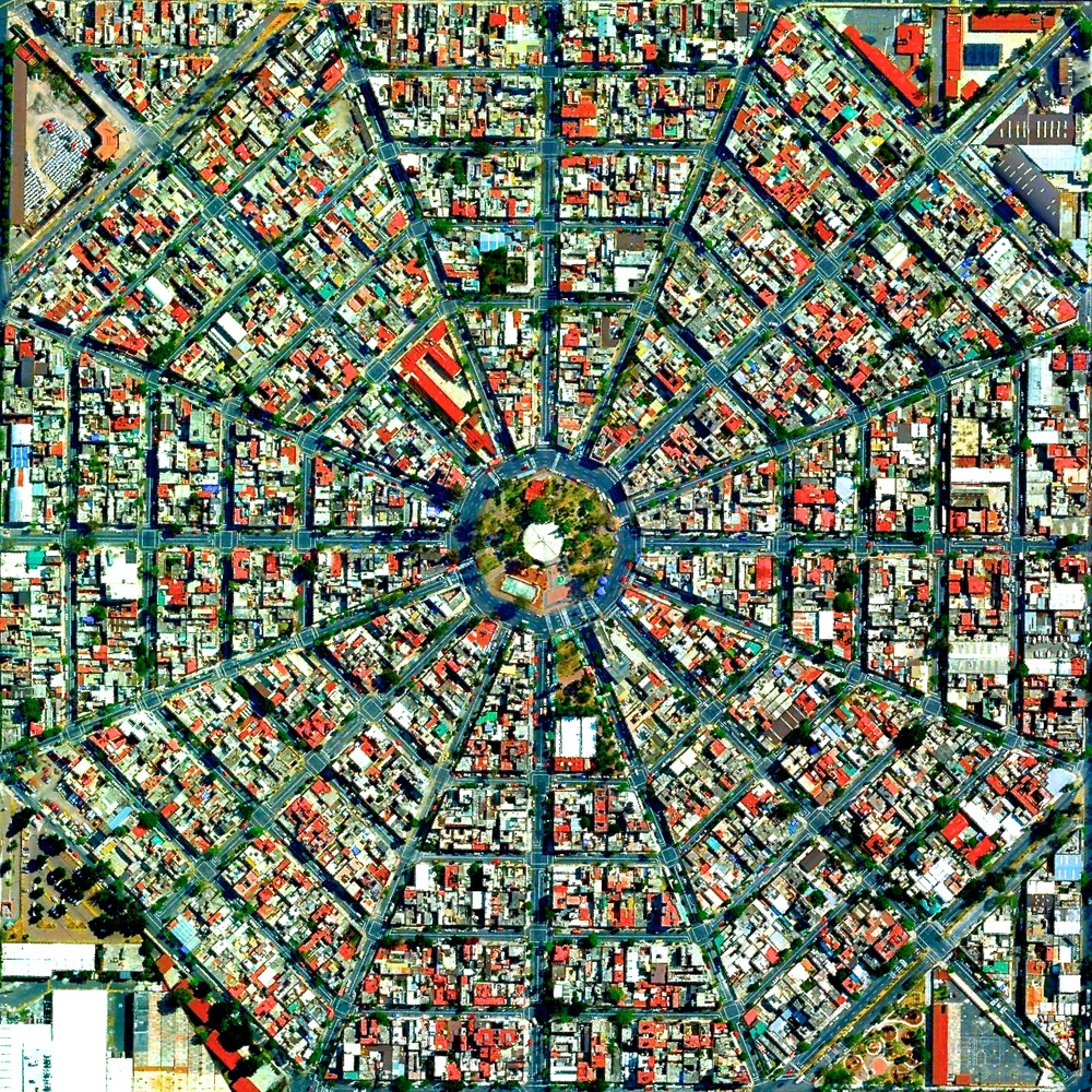 6/4/2015  Plaza Del Ejecutivo  Mexico City, Mexico  19.420511533°, -99.088087122°     Radiating streets surround the Plaza Del Ejecutivo in the Venustiano Carranza district of Mexico City, Mexico.