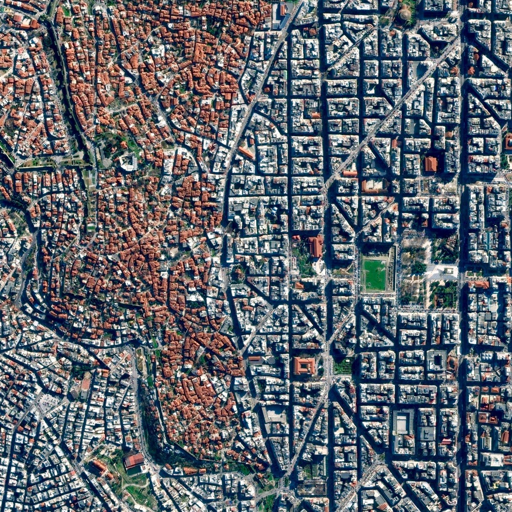 8/23/2015 Thessaloniki Thessaloniki, Greece 40.642068798°, 22.946650988°   With a population of nearly 790,000 residents in its urban area, Thessaloniki is the second largest city in Greece after Athens. Following a massive fire in 1917 that destroyed much of the city, large sections of the downtown area were reconstructed according to a European-style urban plan that we see on the right in this Overview.