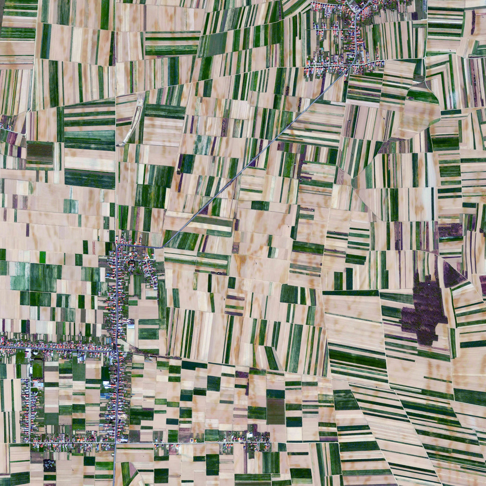 9/14/2015 Fields in Medimurje Novo Selo Rok / Sivica, Croatia 46.422810882°, 16.467788714°   Agricultural fields surround the villages of Novo Selo Rok and Sivica in Medimurje County, Croatia. Of the county's 729.5 km² total area, nearly half - 360 km² - is used for agricultural purposes.