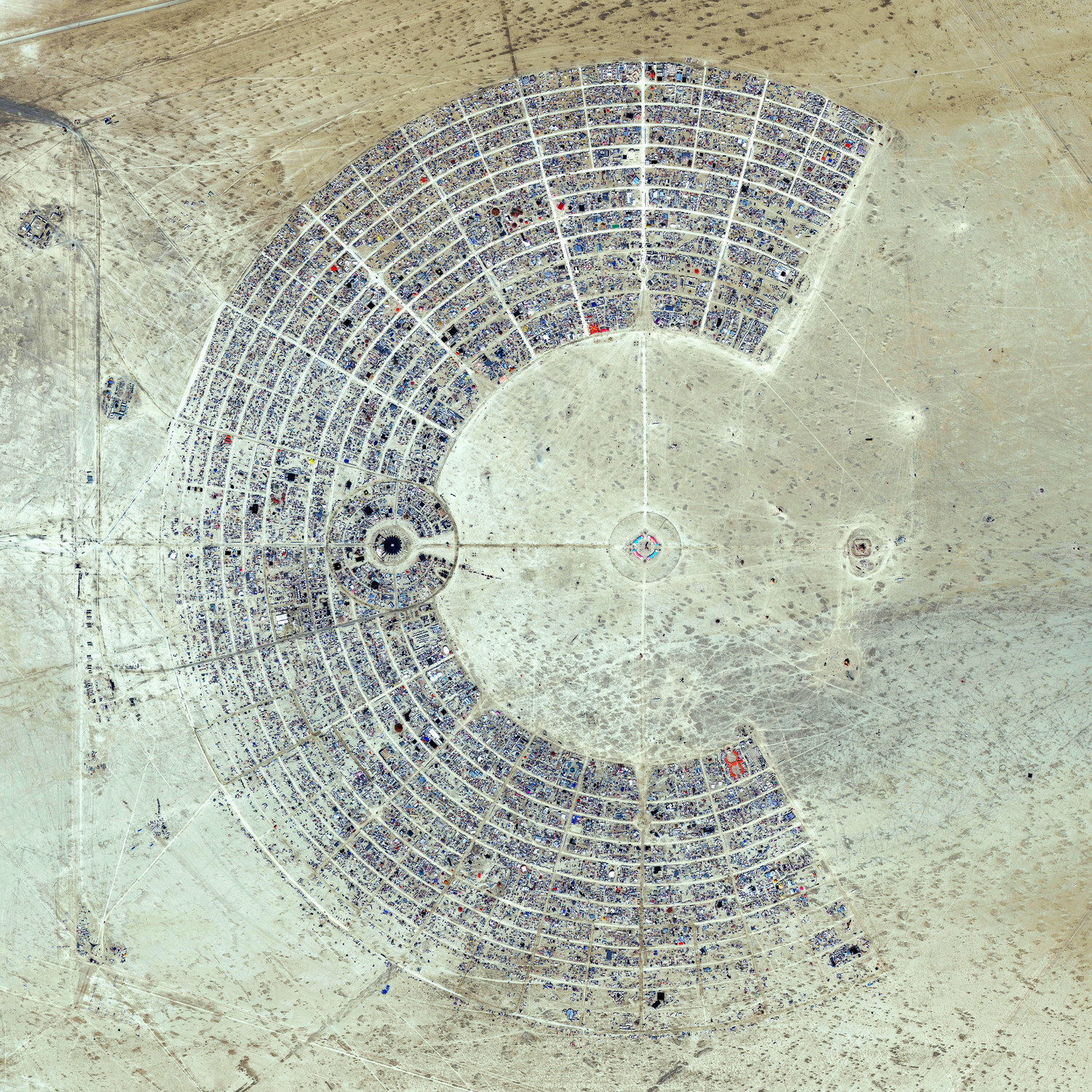 black rock desert burning man map One Photo Reveals How Insanely Big Burning Man Is Business Insider black rock desert burning man map