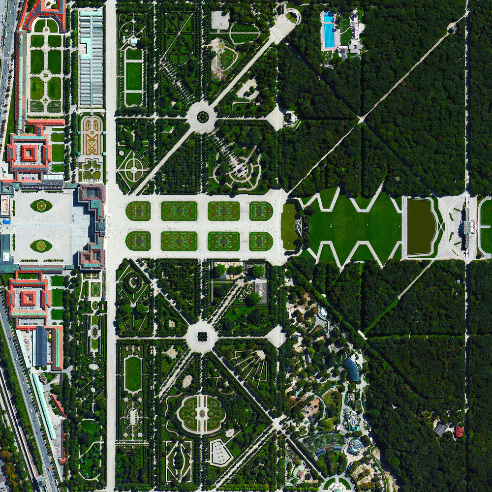 11/11/2015   Schönbrunn Palace   Vienna, Austria  48.184864800°, 16.312239800°     Schönbrunn Palace is a 1,441 room complex that sits upon 435 acres of spectacular gardens in Vienna, Austria. It was here that Mozart gave his first concert to the royal family when he was only six years old.