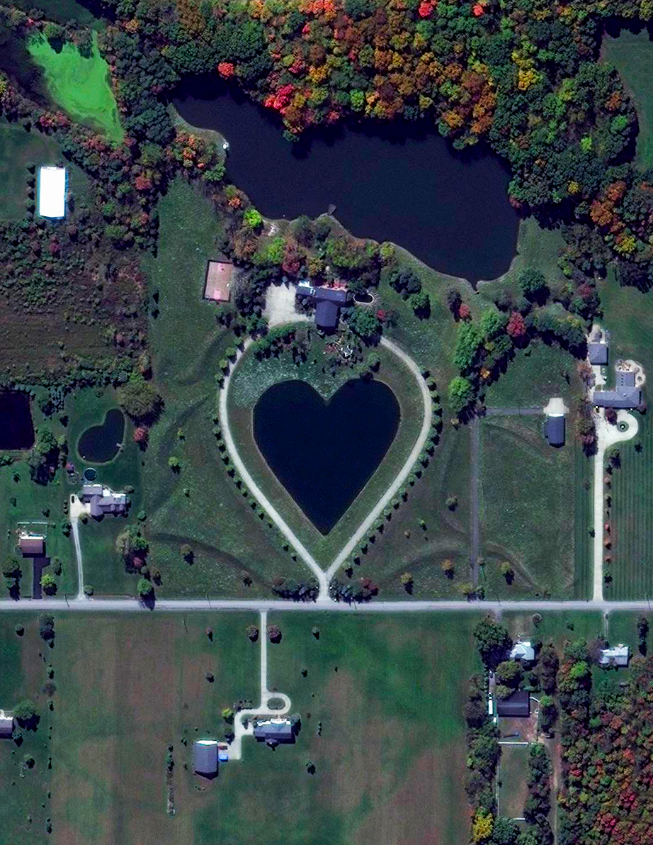 Valentine's Day Heart-shaped Lake Columbia Station, Ohio, USA 41.303925,-81.903887   It's Valentine's Day! Check out this heart-shaped lake in Columbia Station, Ohio, USA. Send this to that special someone and have a wonderful day!