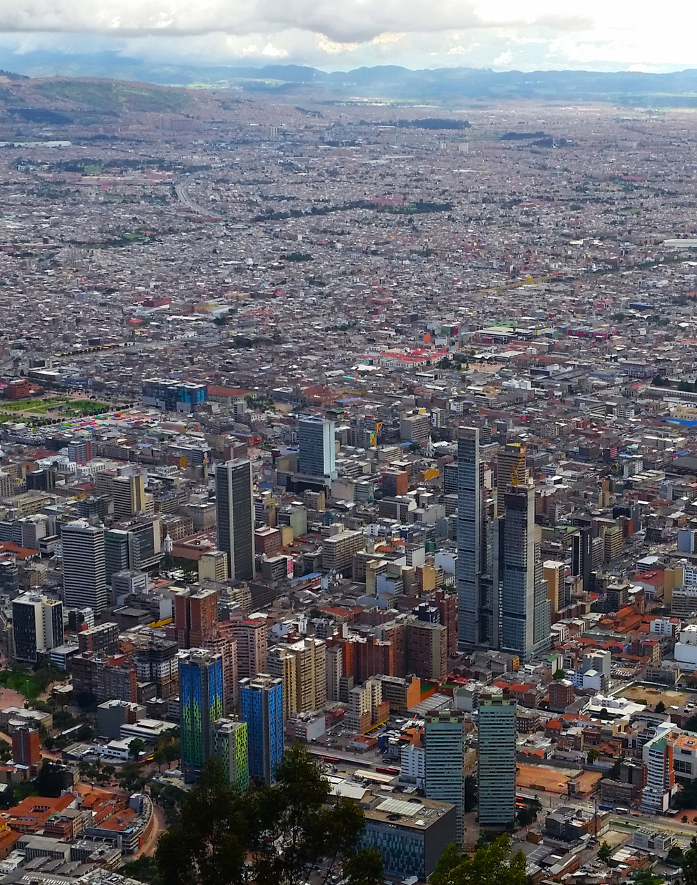Bogotá is the capital and largest city in Colombia with more than 7.8 million residents. This incredible Overview was captured by our friend Oscar Pocasangre from Cerro Monserrate, a mountain that rises 10,341 feet (2,152 meters) above sea level and overlooks the city center.
