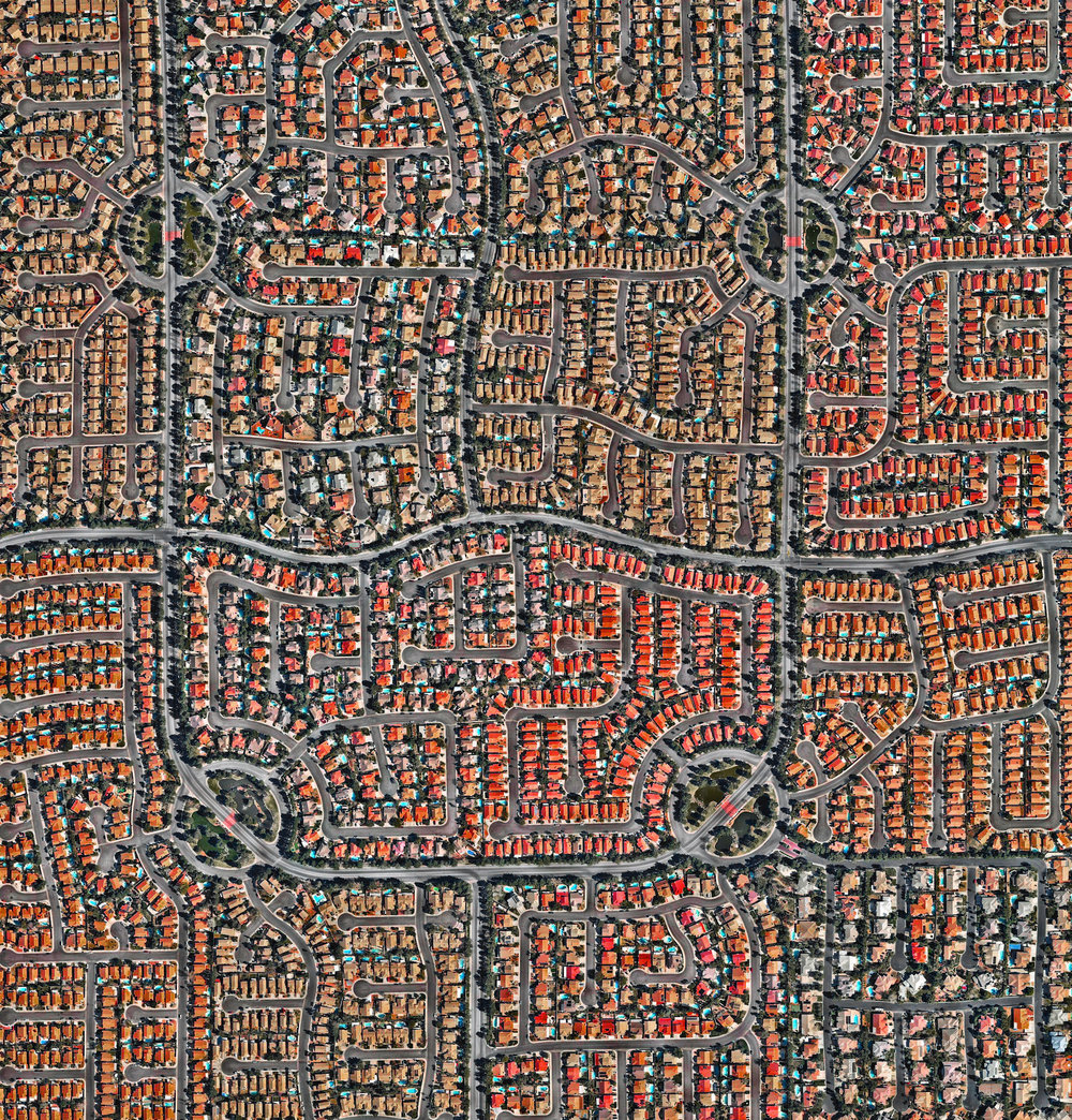 11/18/2016 Residential development Las Vegas, Nevada, USA 36.160237, -115.291319   Hundreds of residential homes are seen in the southwestern suburbs of Las Vegas, Nevada, USA. The city's metro area is home to roughly two million people.