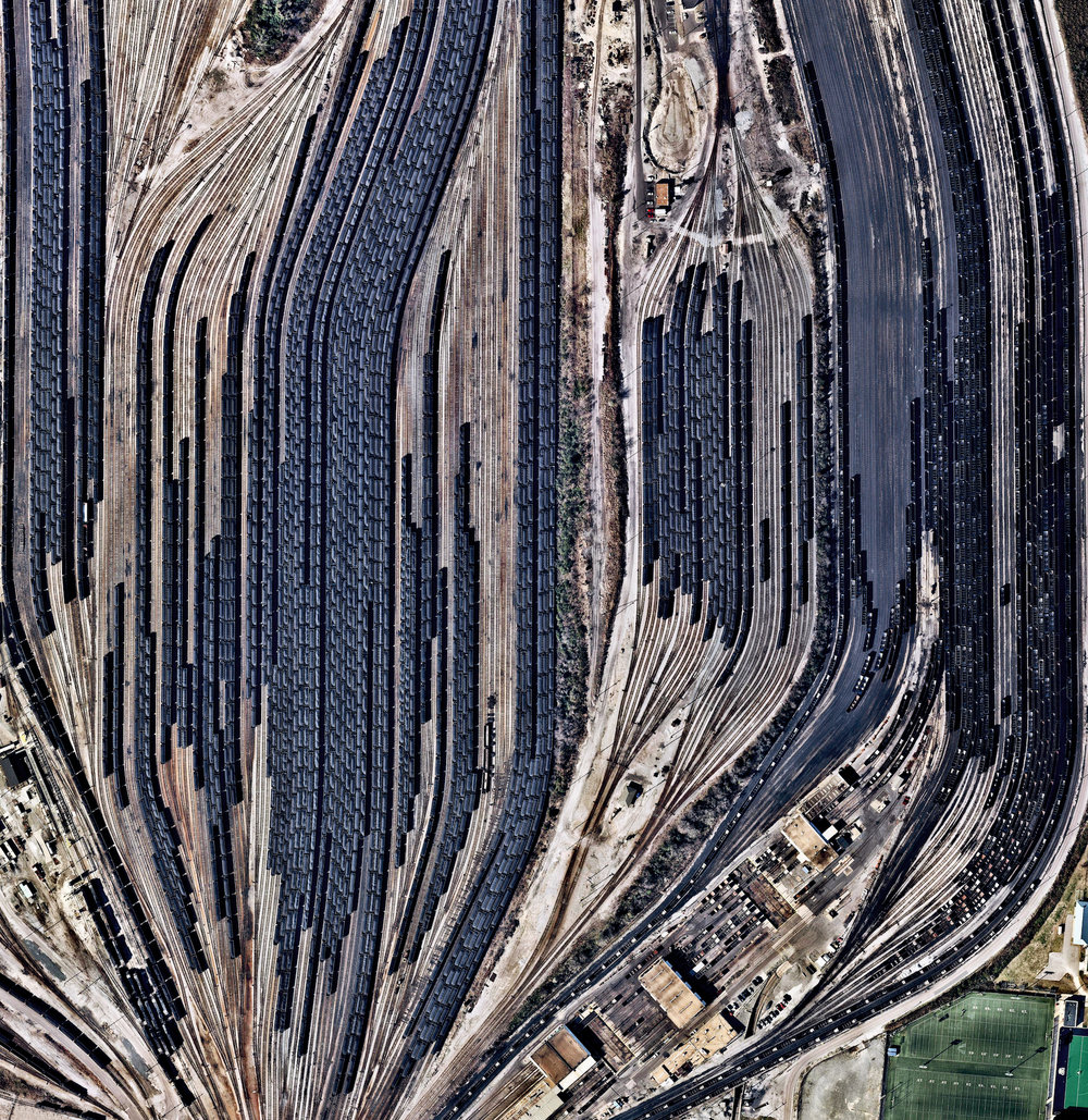 4/6/2017 Lamberts Point Pier 6 Norfolk, Virginia 36.875248962°, -76.320259862° Train cars filled with coal are stationed in Norfolk, Virginia. Operated by the Norfolk Southern corporation, Lamberts Point Pier 6 is the largest coal-loading station in the Northern Hemisphere and serves at the temporary depot for the company's fleet of 23,000 coal cars. Source imagery: NearMap