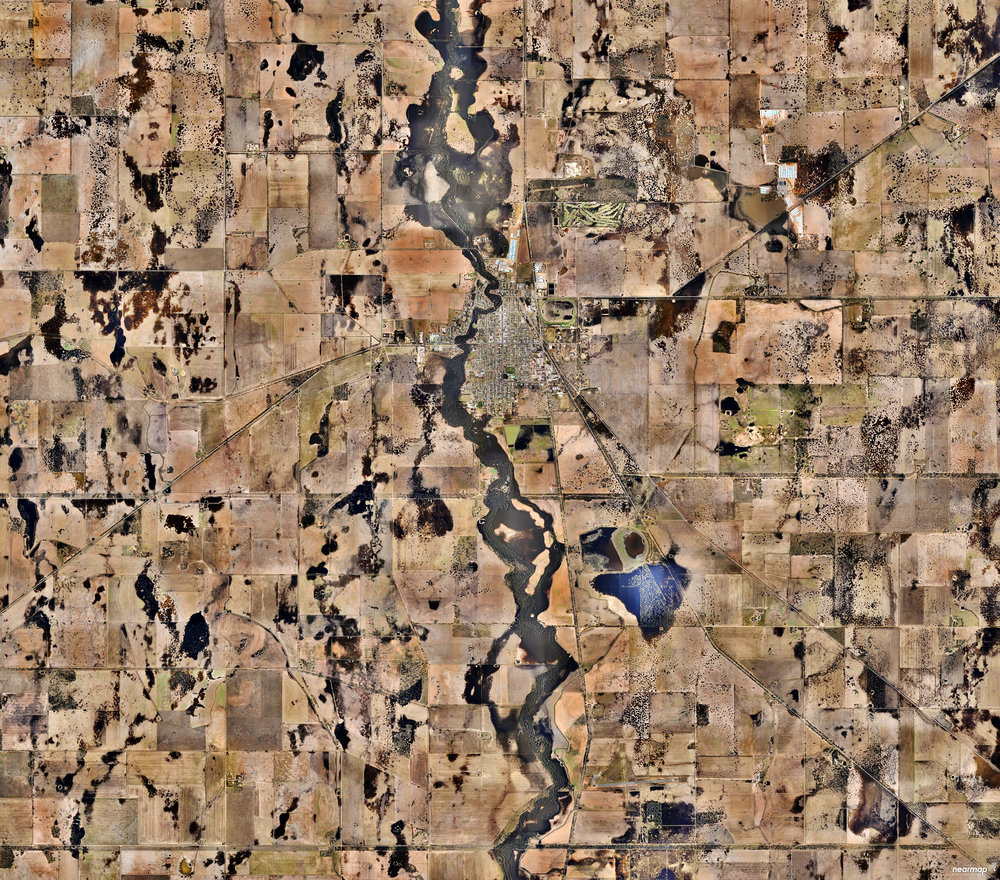 """4/16/2017 Warracknabeal Victoria, Australia -36.255902, 142.395859 Warracknabeal is a town located in the Australian state of Victoria, roughly 205 miles north-west of Melbourne. The small town of 2,745 people has a yearly Easter tradition called the """"Y-Fest"""" that features activities such as a street parade, golf tournament, and waterski spectacular. Source imagery: NearMap"""