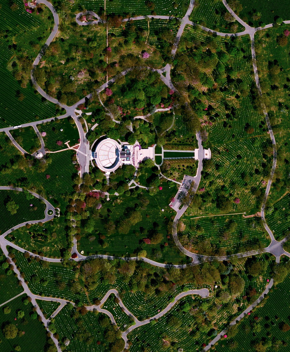 In honor of #MemorialDay in the United States, we've selected an Overview of Arlington National Cemetery outside of Washington, D.C. Since the American Civil War, the 624-acre cemetery has become the final resting place for veterans of the nation's conflicts. The structure seen here is the Arlington Memorial Amphitheater that also contains the Tomb of the Unknown Soldier.  38°52′48″N, 77°04′12″W  Source imagery: DigitalGlobe