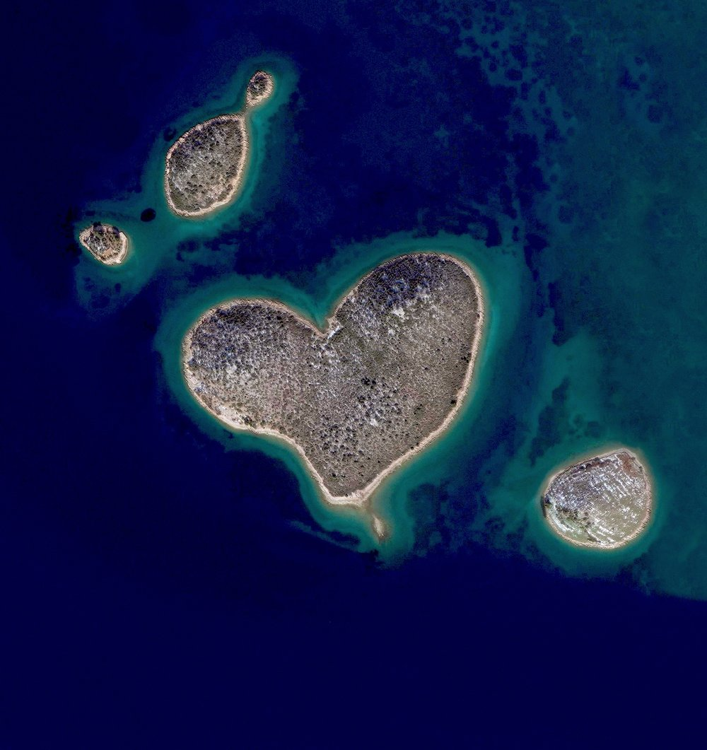 Happy Valentine's Day! We're spreading the love today with this Overview of Galešnjak - a naturally occurring heart-shaped island, located off the coast of Croatia.  43.978331°, 15.382505°  Source imagery: DigitalGlobe