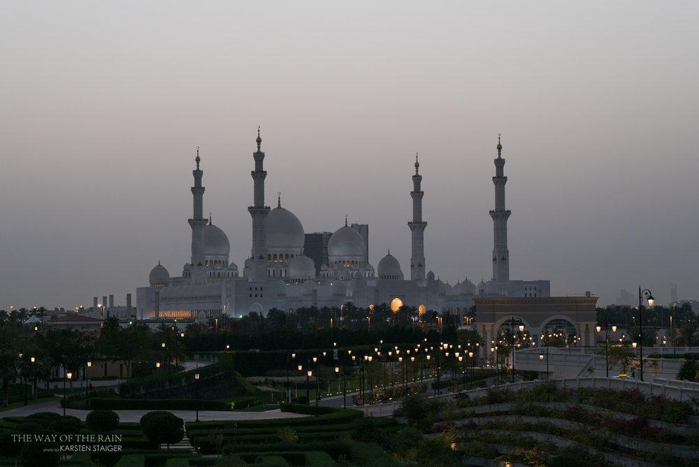 twotr_AD_mosque-4.jpg