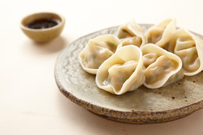 Jjinmandu_(steamed_dumplings).jpg