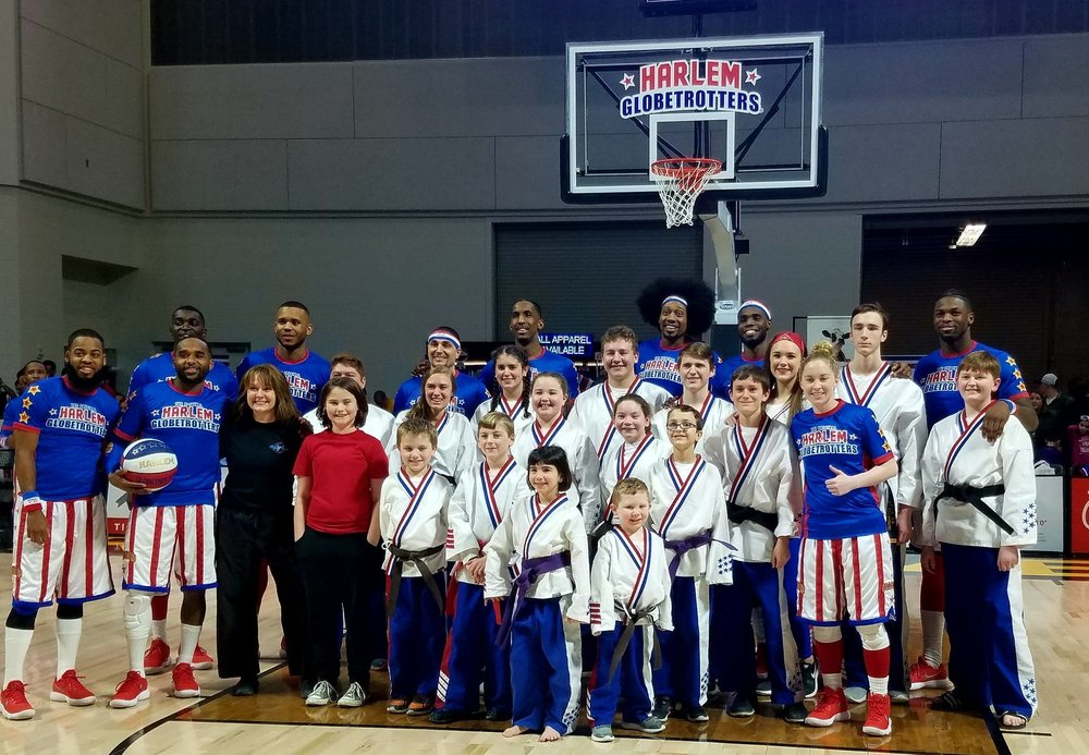 HiYa PanthersDemo Team - Opening for the Harlem Globetrotters, Mar 2018