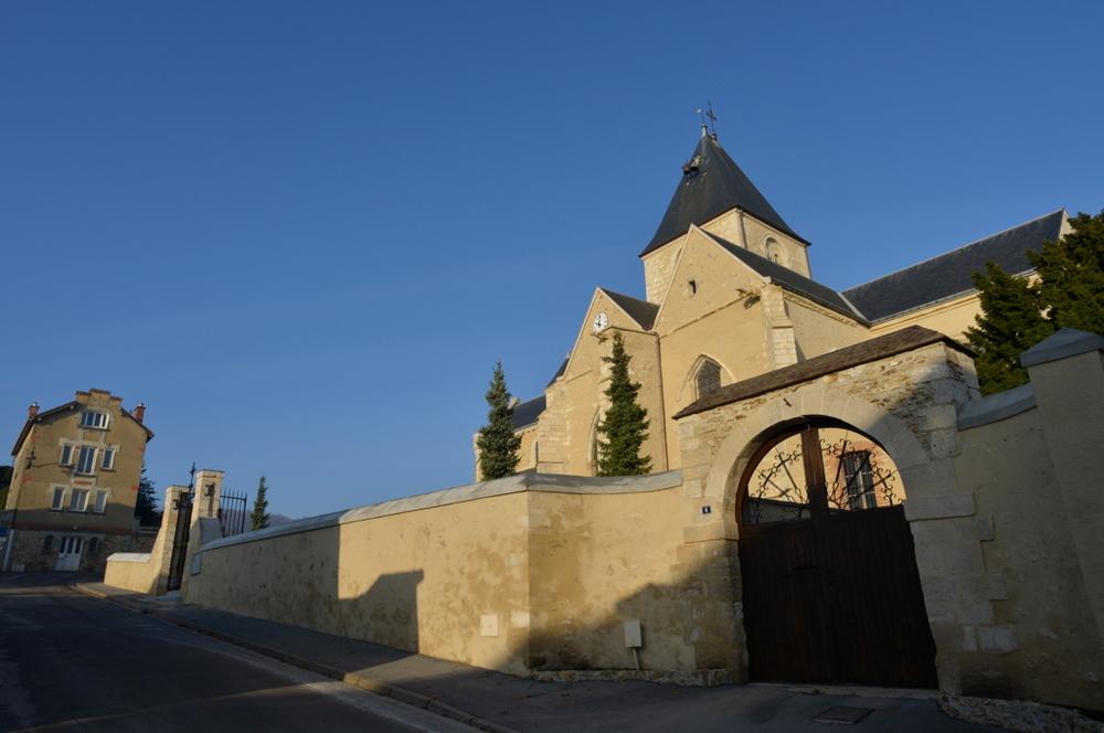 Le Mesnil sur Oger et son église