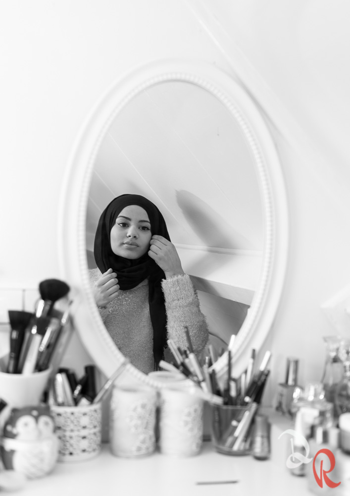 Behind Hijabvisers Ruba-3.jpg