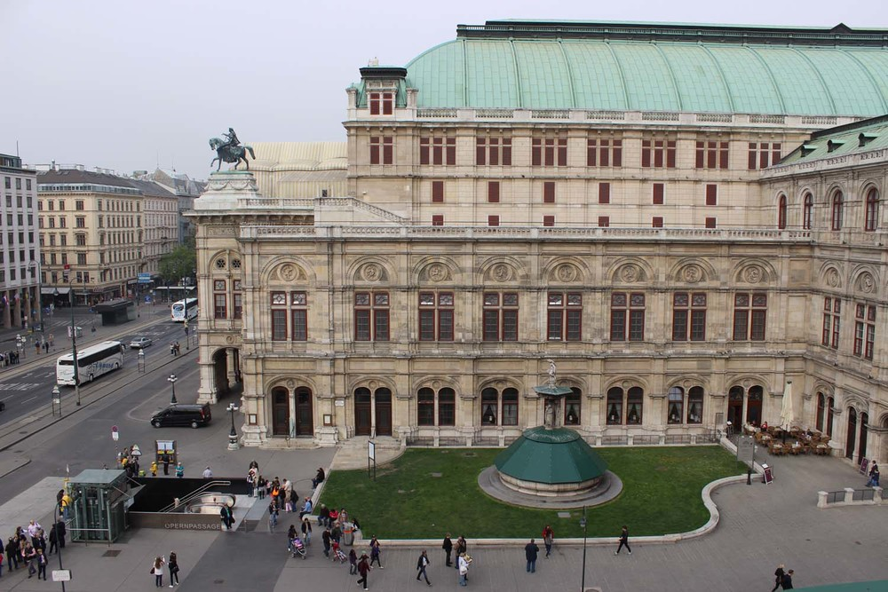 Vienna State Opera House| Image: Laura Messersmith