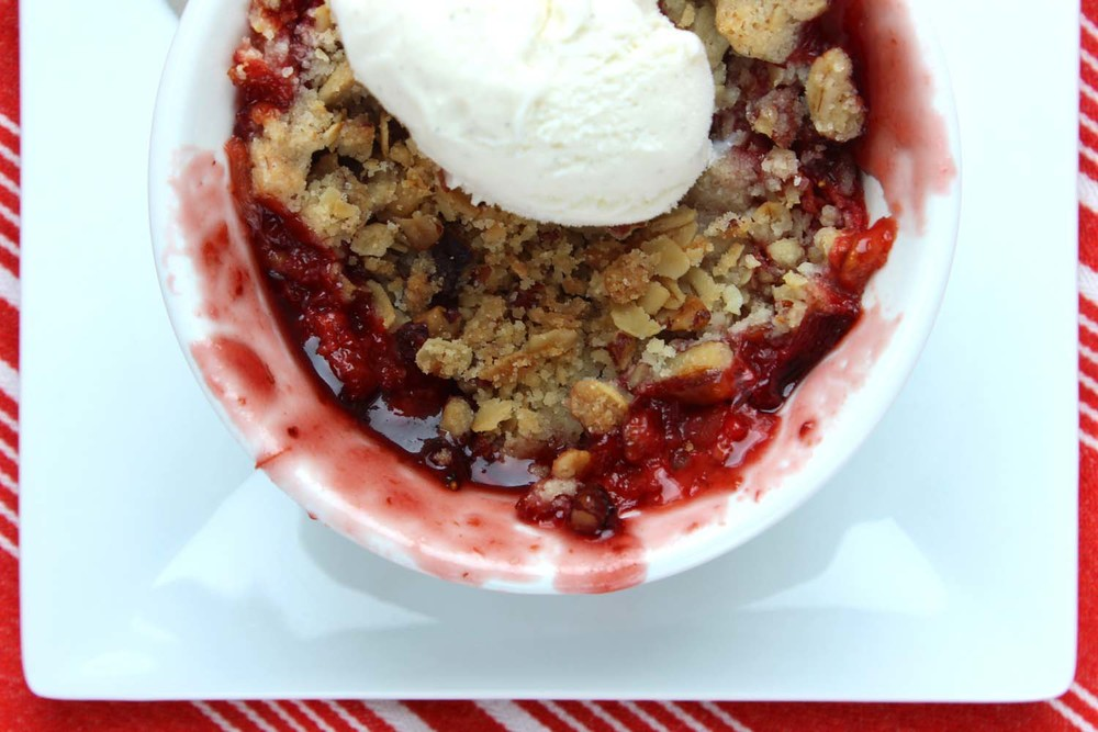 Strawberry Rhubarb Pecan Crisps | Image: Laura Messersmith