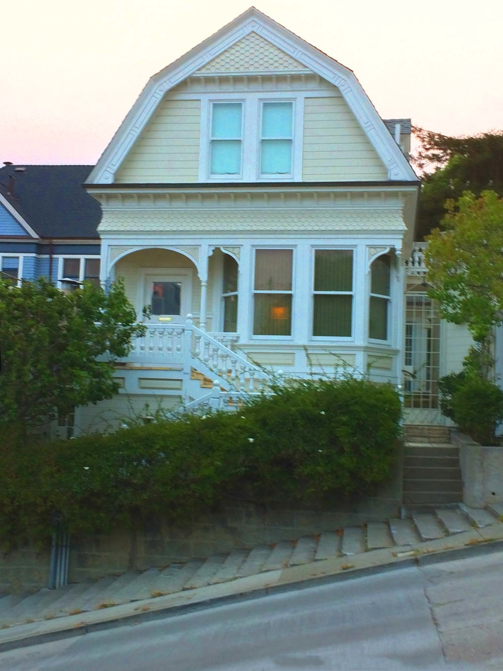 Pacific Heights, San Francisco, California  | Image:  Laura Messersmith