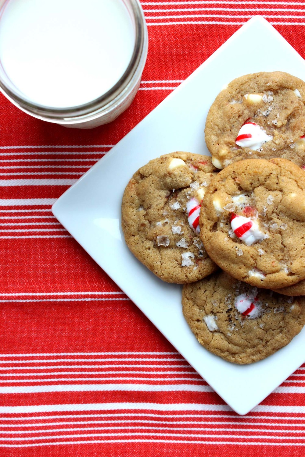 White Chocolate Peppermint Cookies with Vanilla Salt   | Image:   Laura Messersmith