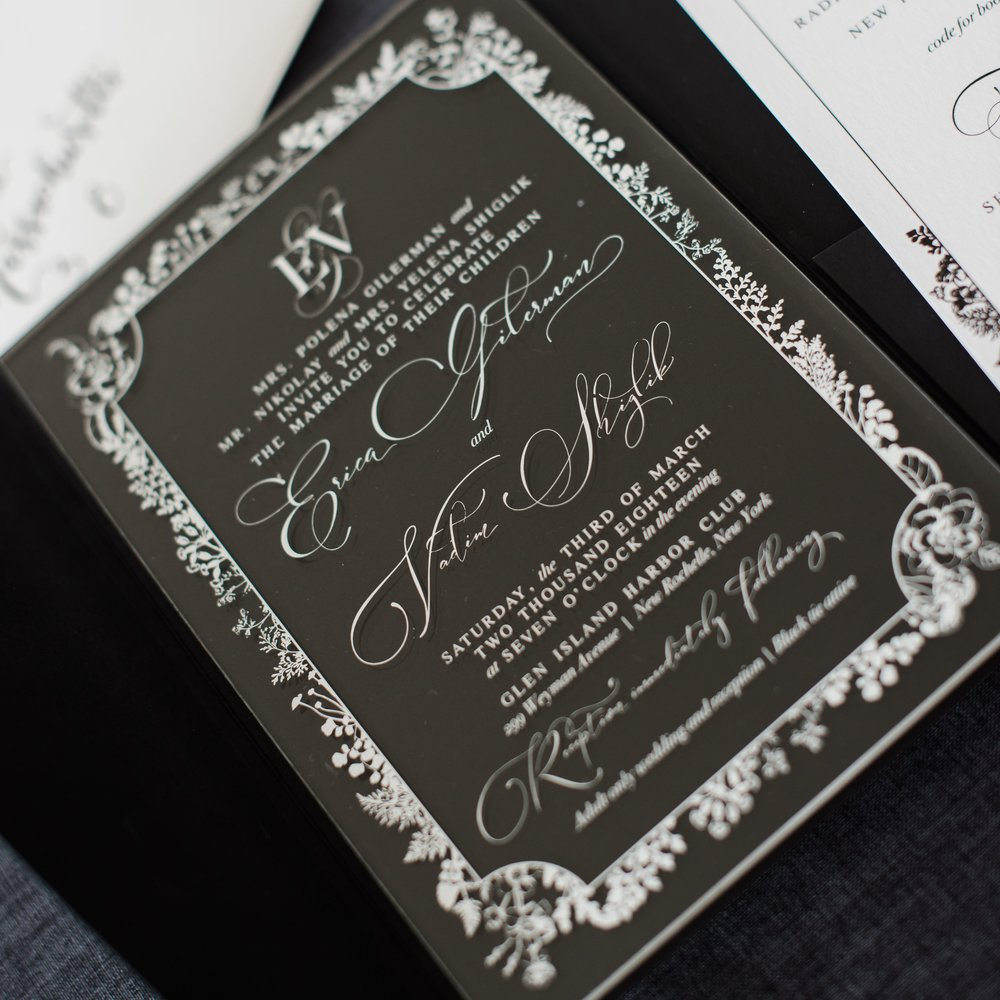 ELEGANT SILVER ACRYLIC WEDDING INVITATIONS