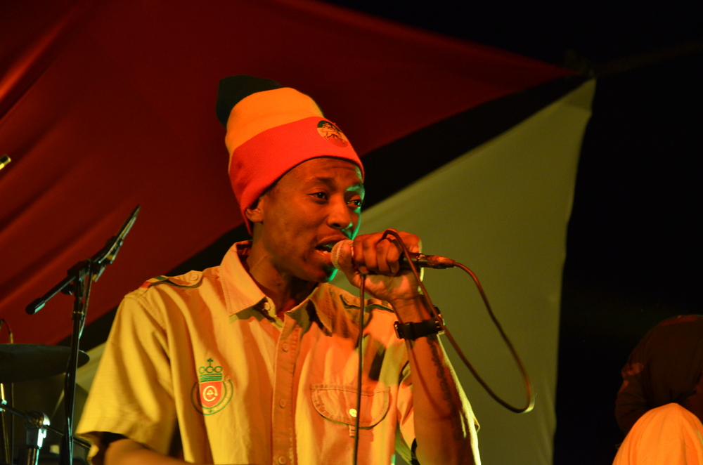 Photo: ©PUBLIKACCESSNETWORK.COM                                              Outspoken Performing at Shoko Festival in Harare