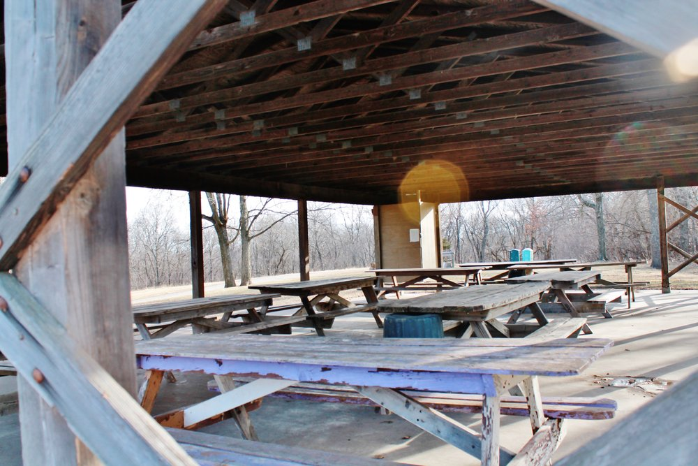 Picnic Shelter: Lone Pine