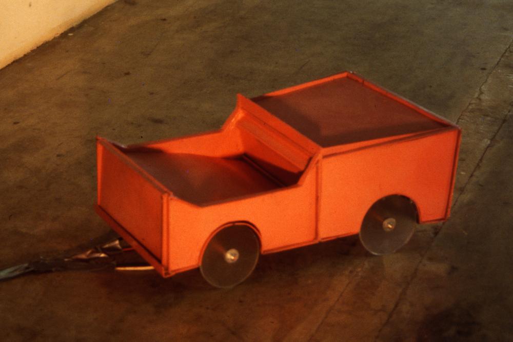 jfk-car-wild-thing-installation-huebner-6.jpg