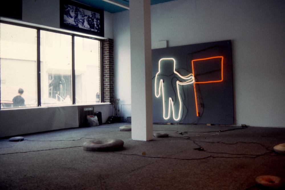 Installation - galerie burning, Montréal Canada 1993
