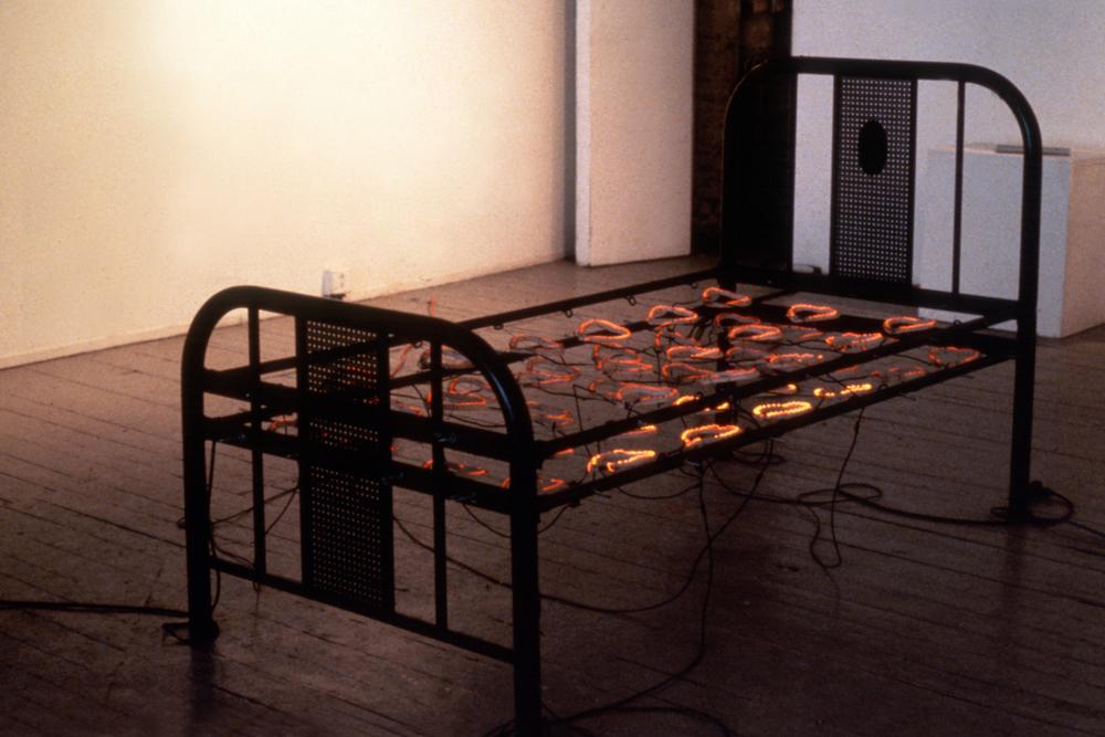 electrical-heart-hot-bed-huebner-12.jpg
