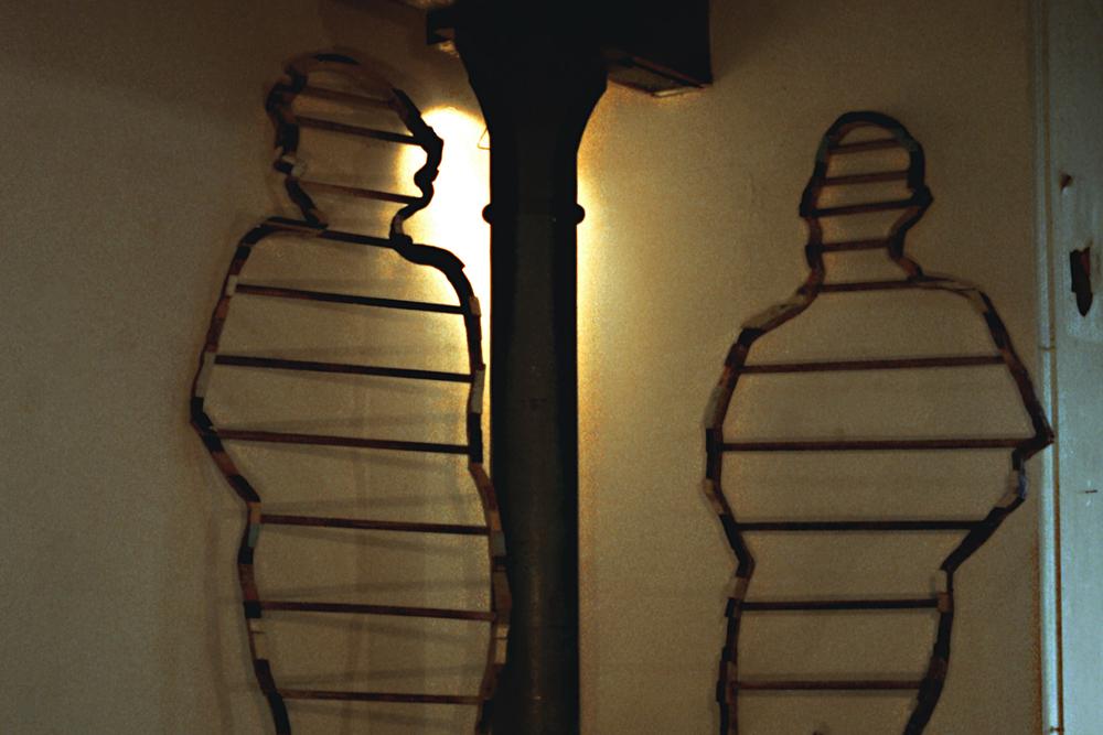 people-ladders-installation-huebner-2.jpg