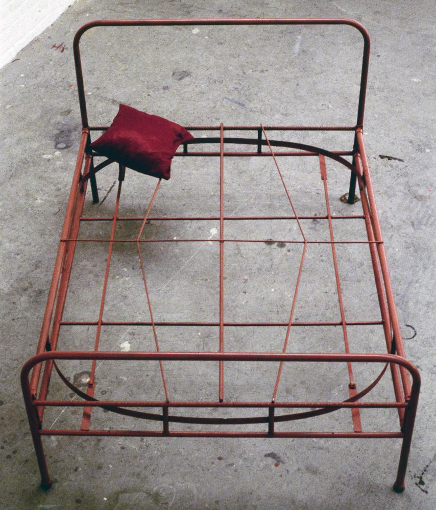 tram-bed-installation-huebner-9.jpg