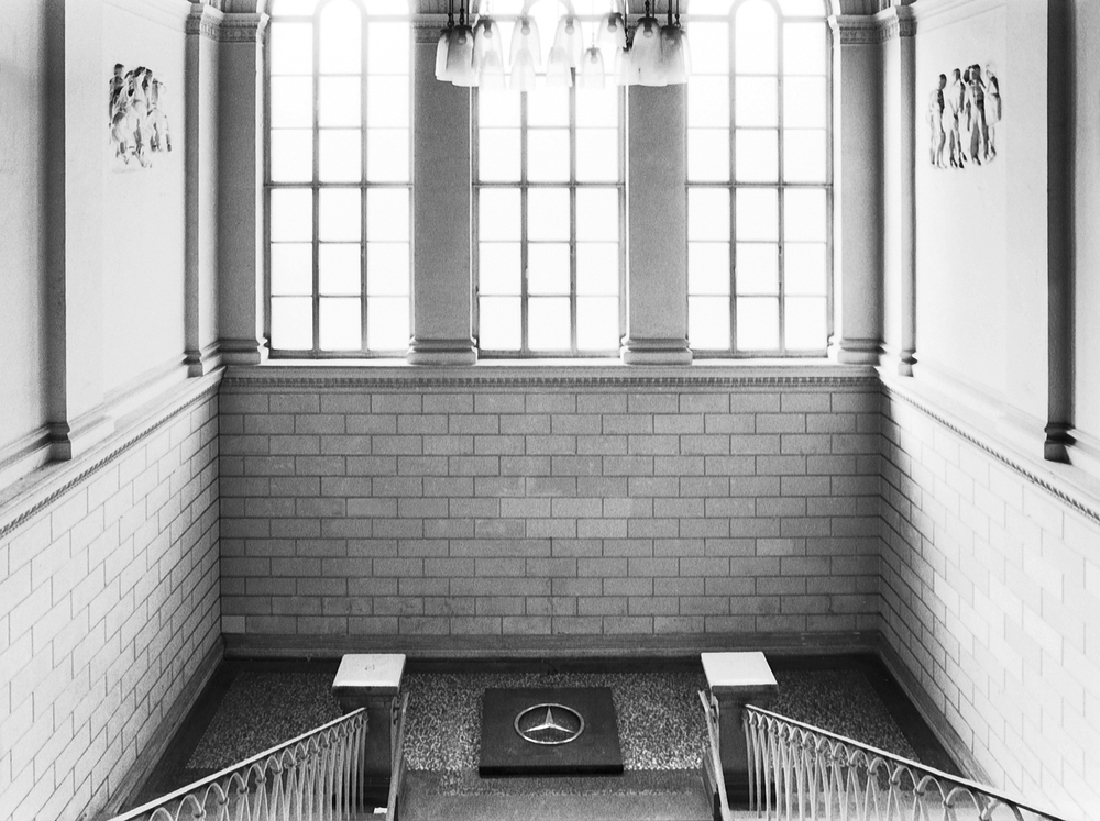 wishing-well-dusseldorf-installation-huebner-3.jpg