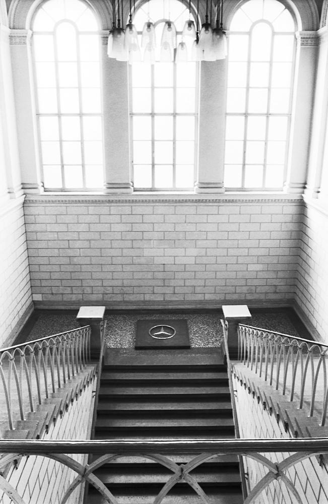 wishing-well-dusseldorf-installation-huebner-5.jpg