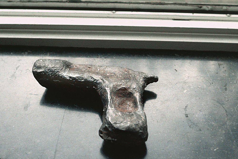 lead-hand-gun-huebner-1.jpg